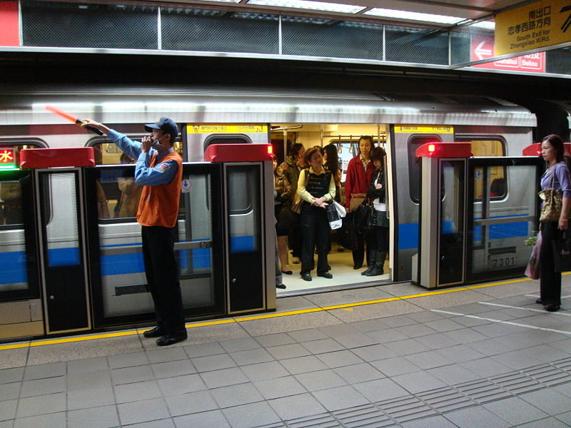 protective-screen-subway-wiki.jpg
